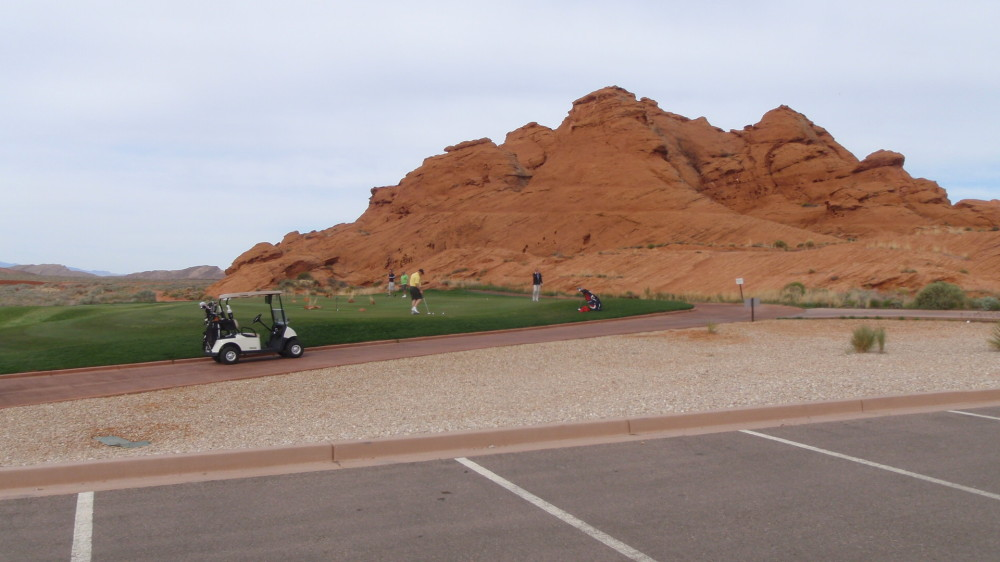 Sand Hollow putting green.