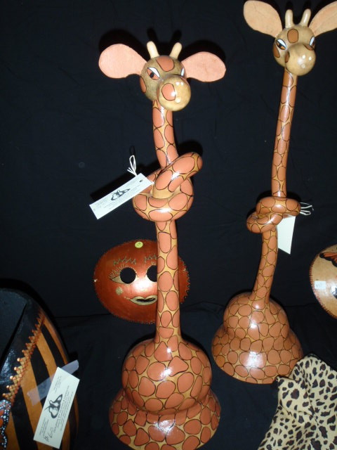Long neck giraffes.  Creative knot effect before painting.